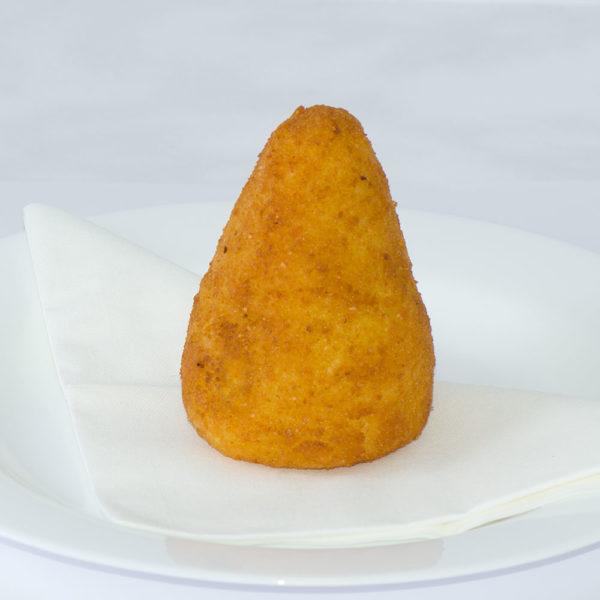 Arancini ( Reiskugeln gefüllt mit Schinenk und Mozzarella )
