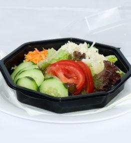 Insalata Mista (Gemischter Blattsalat,Mais, Gurken, Zwiebeln, Oliven )